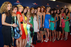 End of season party, Memorial da America Latina: the Formula Unas girls at the Red Carpet