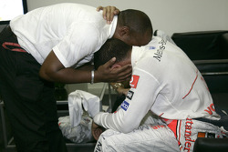 Celebraciones emocionales para Lewis Hamilton y su Padre Anthony
