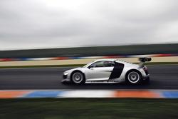 Audi R8 LMS on track