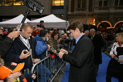 Carl Edwards signs autographs for fans following the 2008 NASCAR NMPA Myers Brothers Awards at Cipriani