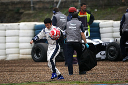 Kazuki Nakajima, Williams F1 Team after stopping, track