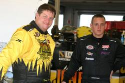 Terry Jones et Dominick Casola