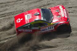 #322 Mitsubishi Pajero: Guilherme Spinelli and Marcelo Vivolo
