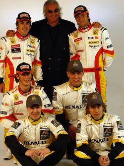Fernando Alonso, Flavio Briatore, Nelson A. Piquet, Charles Pic, Marco Sorensen y Davide Valsecchi