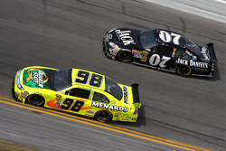 Paul Menard, Yates Racing Ford, Casey Mears, Richard Childress Racing Chevrolet