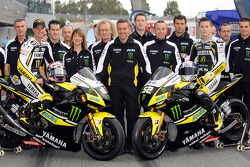 Colin Edwards y James Toseland con la Yamaha YZR-M1 y Tech3 team