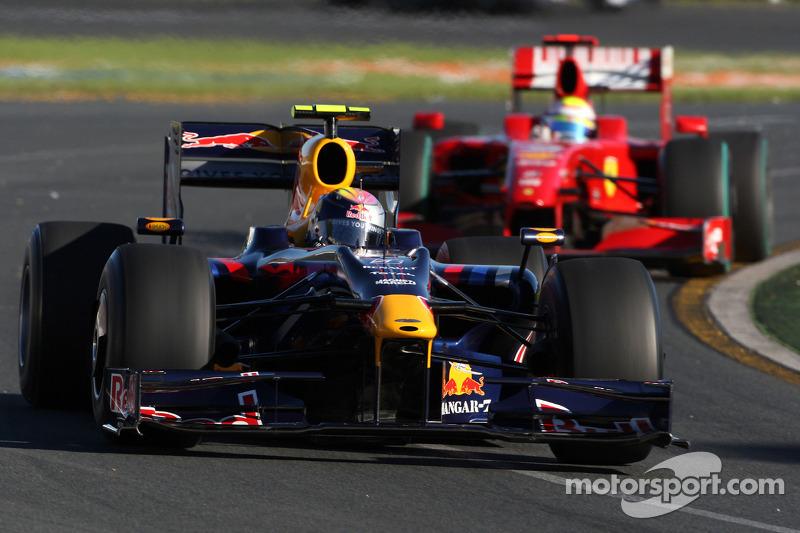 Sebastian Vettel, Red Bull Racing, RB5; Felipe Massa, Scuderia Ferrari, F60