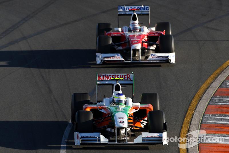 Giancarlo Fisichella, Force India F1 Team; Jarno Trulli, Toyota Racing, TF109