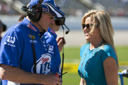 Miller Lite crew chief Pat Tryson shares a laugh with Eva Busch