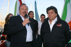 Speed demo in Portimao: Manuel de Luz Mayor of Portimao and Tony Teixeira, A1GP Chairman