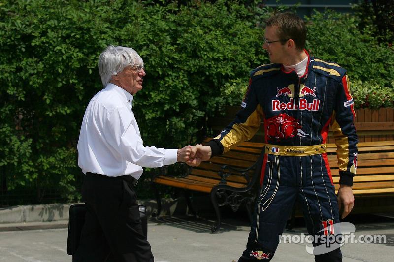 Bernie Ecclestone met Sébastien Bourdais, Scuderia Toro Rosso