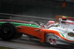 Адриан Сутиль, Force India F1 Team и Хейкки Ковалайнен, McLaren Mercedes