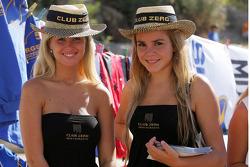 Club Zero girls
