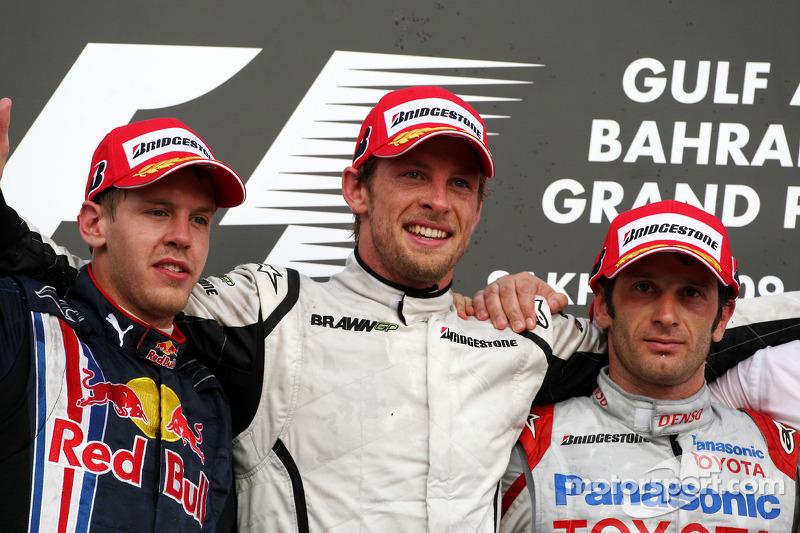 2009. Подіум: 1. Дженсон Баттон, Brawn-Mercedes. 2. Себастьян Феттель, Red Bull-Renault. 3. Ярно Труллі, Toyota