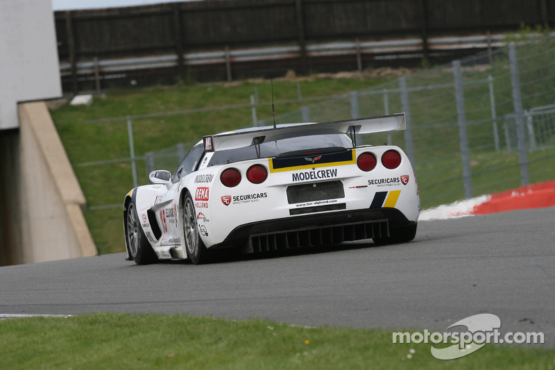 #19 Luc Alphand Aventures Corvette C6R: Xavier Maassen, Guillaume Moreau