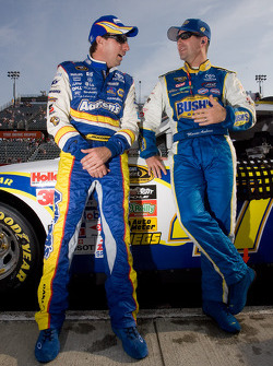 David Reutimann, Michael Waltrip Racing Toyota and Marcos Ambrose, JTG Daugherty Racing Toyota