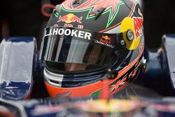 Brendon Hartley, Carlin Motorsport Dallara F308 Volkswagen