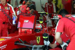 Kimi Raikkonen, Scuderia Ferrari in the garage
