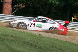 La #71 Synergy Racing Porsche GT3: Carey Grant, Kevin Grant, Milton Grant glisse dans China Beach