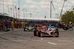 Ed Carpenter, Vision Racing heads to pace laps