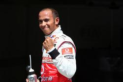 Обладатель поул-позиции Льюис Хэмилтон, McLaren Mercedes