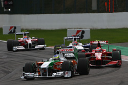 Giancarlo Fisichella, Force India F1 Team, VJM-02 and Kimi Raikkonen, Scuderia Ferrari