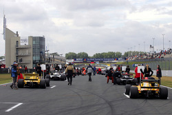 F2 cars on the grid