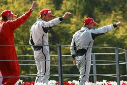 Podium: race winner Rubens Barrichello, BrawnGP, second place Jenson Button, BrawnGP, third place Kimi Raikkonen, Scuderia Ferrari