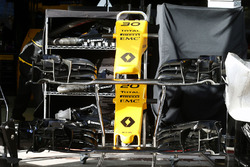 Renault Sport F1 Team RS16 front wings