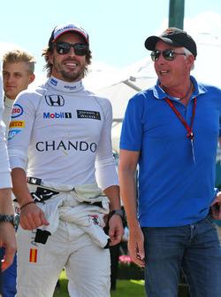 Fernando Alonso, McLaren con Keith Sutton