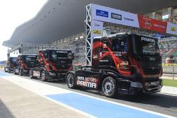 Tata T1 Prima trucks на піт-лейн