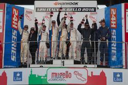 Podium SP3: 1. #284 Nova Race Ginetta G55 GT4: Luca Rangoni, Luca Magnoni, Roberto Gentili; 2. #282 Nova Race Ginetta G55 GT4: Gianluca Carboni, Maurizio Copetti, Manuel lasagni, 3. #125 NKPP Racing Seat Leon Cup Racer: Harry Hilders, Gijs Bessem