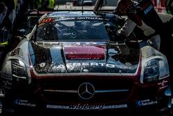 #10 Hofor-Racing Mercedes SLS AMG GT3: Міхаель Кролль, Кристиаан Франкерхаут, Кеннет Хеєр, Ролі Еггіманн, Шанталь Кролль