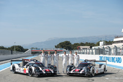 #1 Porsche Team Porsche 919 Hybrid: Timo Bernhard, Mark Webber, Brendon Hartley and #2 Porsche Team Porsche 919 Hybrid: Romain Dumas, Neel Jani, Marc Lieb