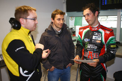 #43 RGR Sport by Morand Ligier JSP2 - Nissan: Filipe Albuquerque, Bruno Senna With Dunlop engineer