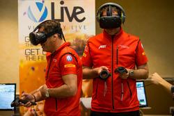 ABT Schaeffler Audi Sport, Teammitglieder testen Videospiel