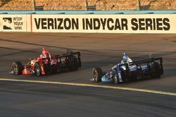Scott Dixon, Chip Ganassi Racing, Chevrolet; Tony Kanaan, Chip Ganassi Racing, Chevrolet
