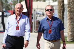 Ron Dennis, McLaren Executive Chairman with Jonathan Palmer