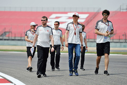 Esteban Gutierrez, Haas F1 Team walks the circuit with the team