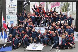 Победители - Хейден Пэддон и Джон Кеннард, Hyundai Motorsport