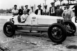 Yarış galibi Frank Lockhart
