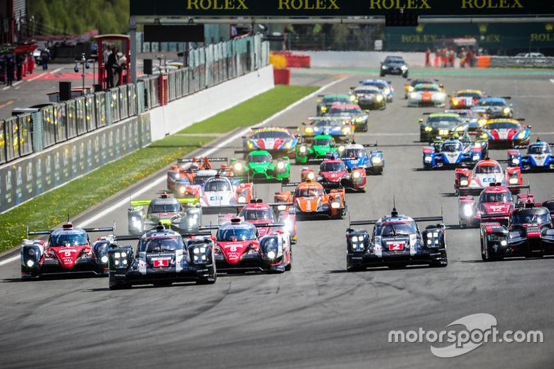 Inicio: #1 Porsche Team Porsche 919 Hybrid: Timo Bernhard, Mark Webber, Brendon Hartley líder