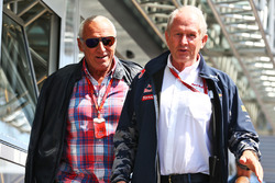 Dietrich Mateschitz, CEO Red Bull met Dr Helmut Marko, Red Bull Motorsport Consultant.