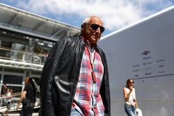 Дитрих Матешиц, владелец Red Bull в гараже Red Bull Racing