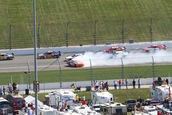 Joey Logano, Joe Gibbs Racing Toyota spins
