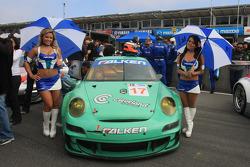 Team Falken Tire grid girls