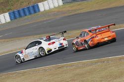 #92 BMW Rahal Letterman Racing Team BMW E92 M3: Tom Milner, Dirk Muller, #81 Scuderia Forme Porsche 911 GT3 RSR: Tadakazu Kojima, K.R. Hori, Masao Kimura