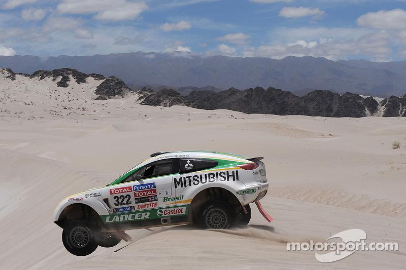 #322 Mitsubishi: Guilherme Spinelli y Filipe Palmeiro