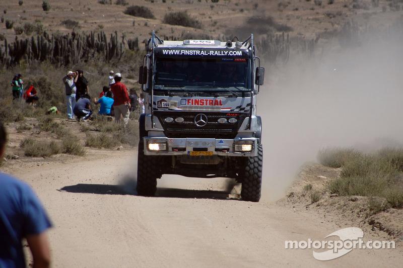 #544 Mercedes: Rob Van Pelt, Teun Stam et Eddie Beeftink