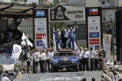 Podium catégorie AutosDakar 2010 : Al Attiyah et Timo Gottschalk, 2e s